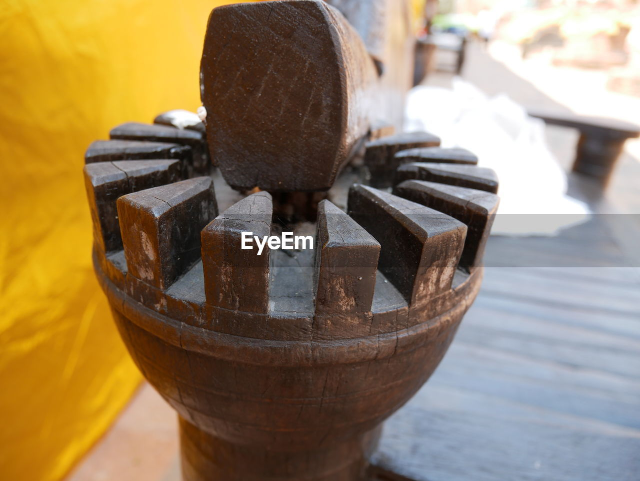 focus on foreground, wood - material, no people, close-up, day, outdoors