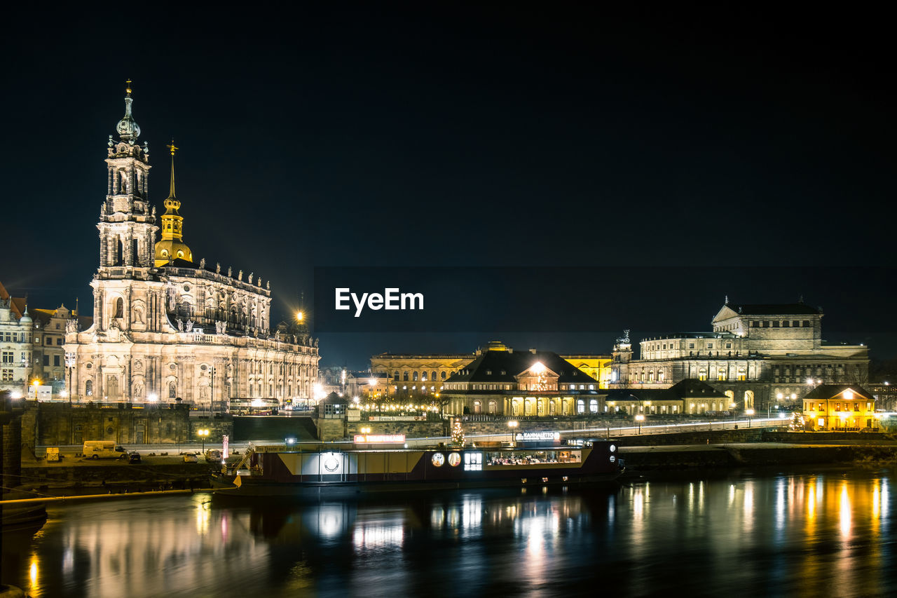 architecture, building exterior, built structure, night, water, illuminated, travel destinations, sky, waterfront, city, building, river, travel, tourism, reflection, nature, no people, copy space, outdoors, government