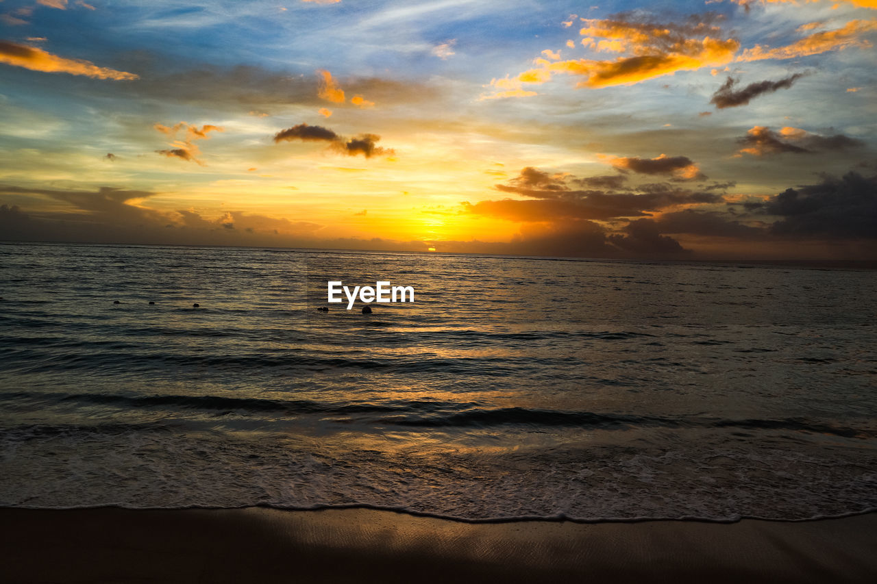 sunset, sky, sea, water, cloud - sky, horizon, beauty in nature, land, scenics - nature, horizon over water, orange color, beach, tranquility, wave, nature, idyllic, motion, tranquil scene, no people, outdoors