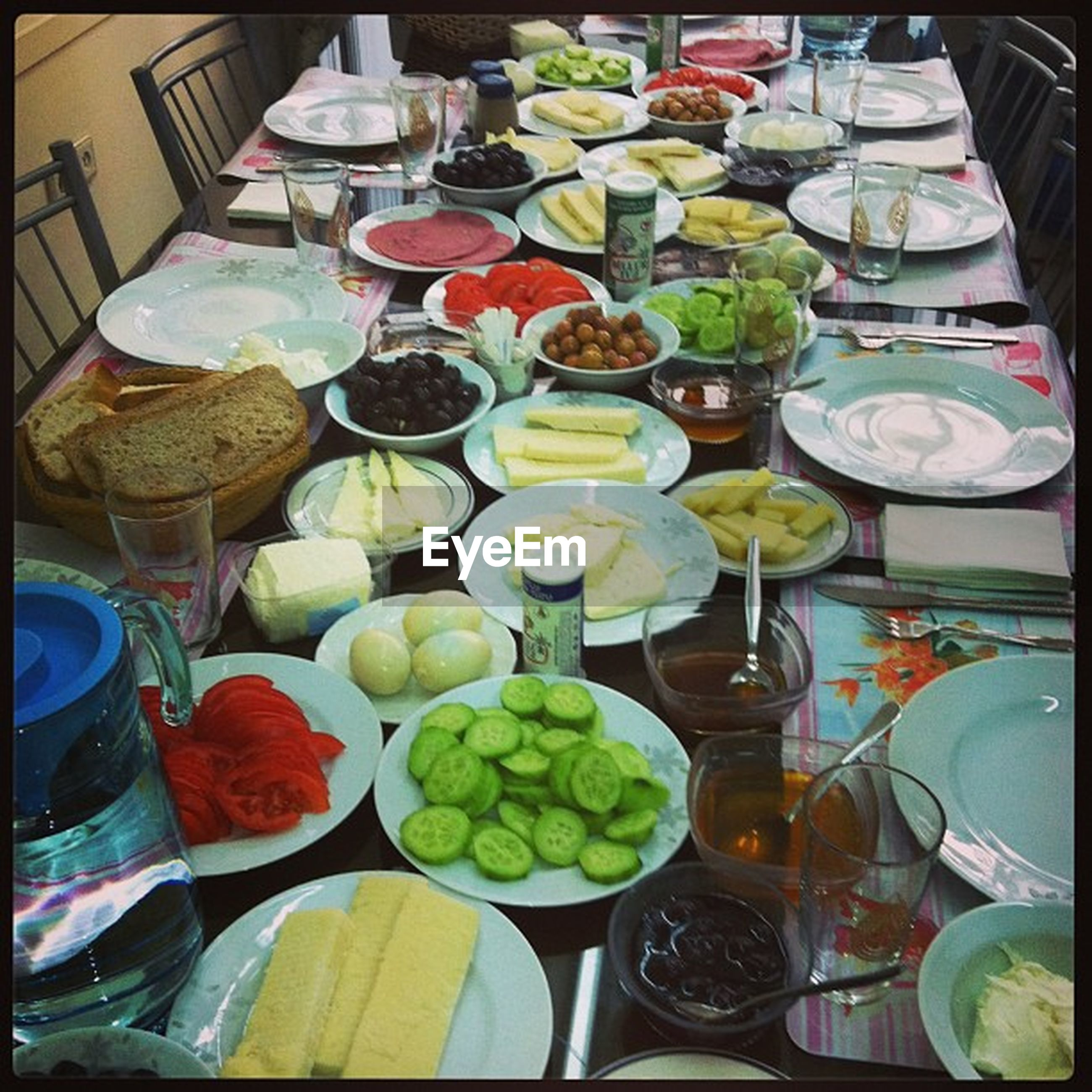 variation, indoors, food and drink, large group of objects, abundance, still life, food, choice, high angle view, table, arrangement, freshness, transfer print, multi colored, for sale, healthy eating, auto post production filter, bowl, plate, in a row