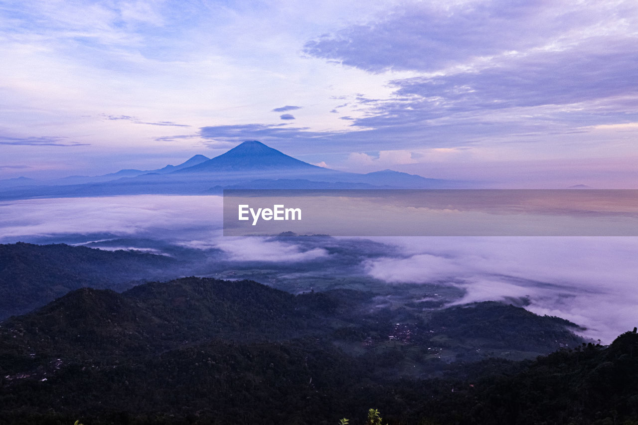 mountain, beauty in nature, sky, cloud - sky, scenics - nature, tranquil scene, tranquility, idyllic, volcano, non-urban scene, nature, no people, mountain peak, mountain range, majestic, environment, travel destinations, sunset, landscape, outdoors, snowcapped mountain