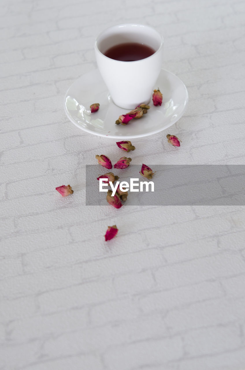 food and drink, coffee cup, table, coffee - drink, drink, refreshment, saucer, freshness, high angle view, no people, indoors, close-up, healthy eating, food, day