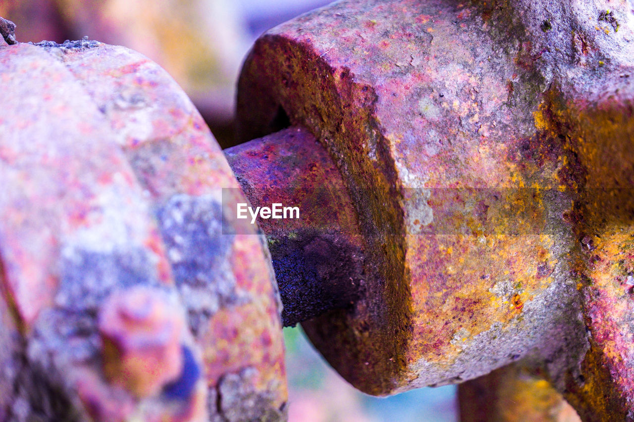 rusty, metal, close-up, no people, weathered, outdoors, damaged, focus on foreground, day