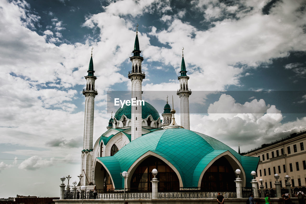 built structure, cloud - sky, architecture, building exterior, sky, building, spirituality, place of worship, travel, travel destinations, dome, religion, nature, belief, tourism, city, tower, no people, spire