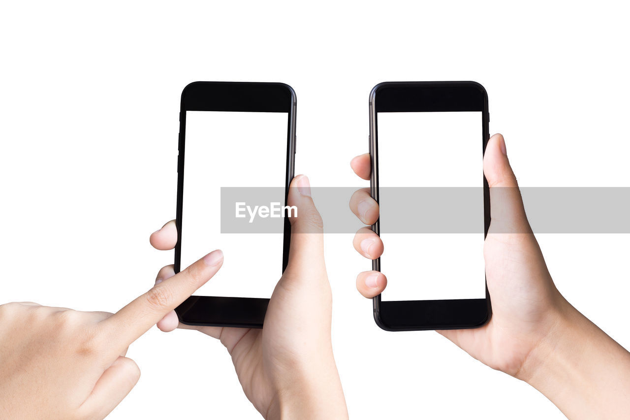 human hand, hand, human body part, mobile phone, smart phone, portable information device, screen, wireless technology, touch screen, communication, holding, technology, white background, telephone, studio shot, device screen, copy space, connection, portability, indoors, body part, blank, finger