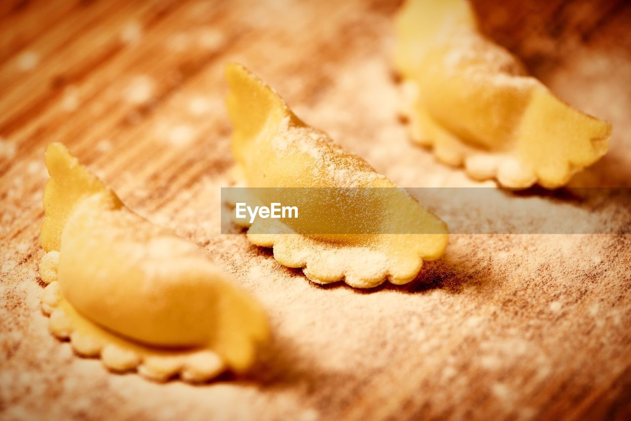food, food and drink, freshness, selective focus, close-up, still life, indoors, sweet food, ready-to-eat, no people, bread, indulgence, preparation, healthy eating, baked, meal, wellbeing, sweet, table, dough, preparing food, temptation, breakfast, snack, french food