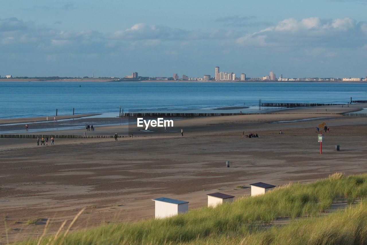 PANORAMIC SHOT OF BEACH AGAINST SKY