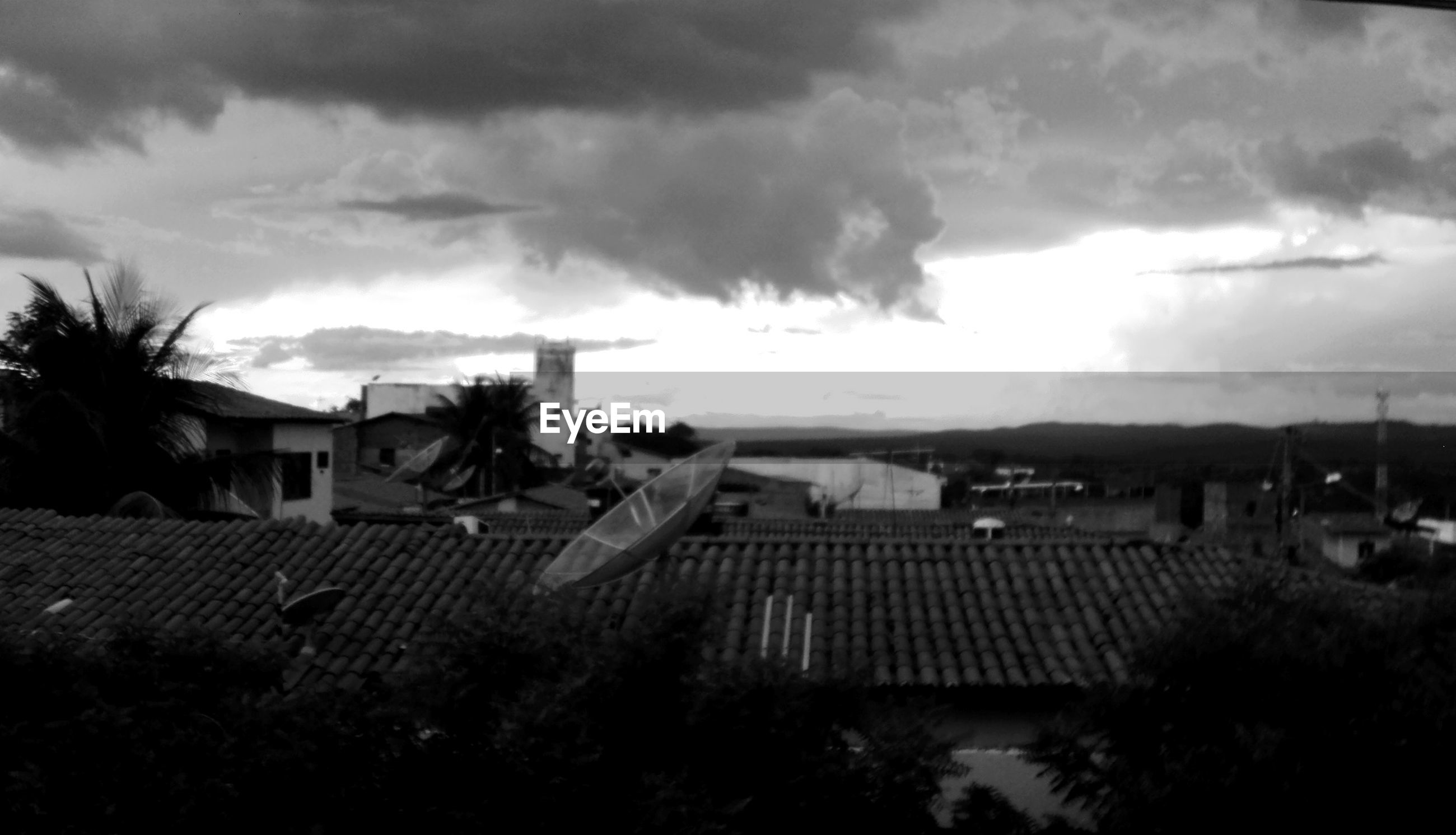 sky, built structure, building exterior, architecture, cloud - sky, house, tree, outdoors, village, no people, agriculture, day, nature, storm cloud
