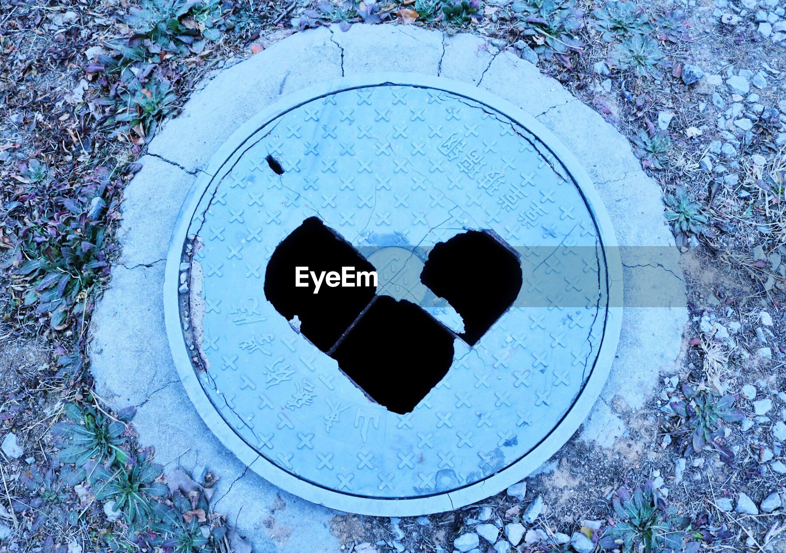 high angle view, sewer, day, manhole, no people, sport, lid, sewage, outdoors, nature