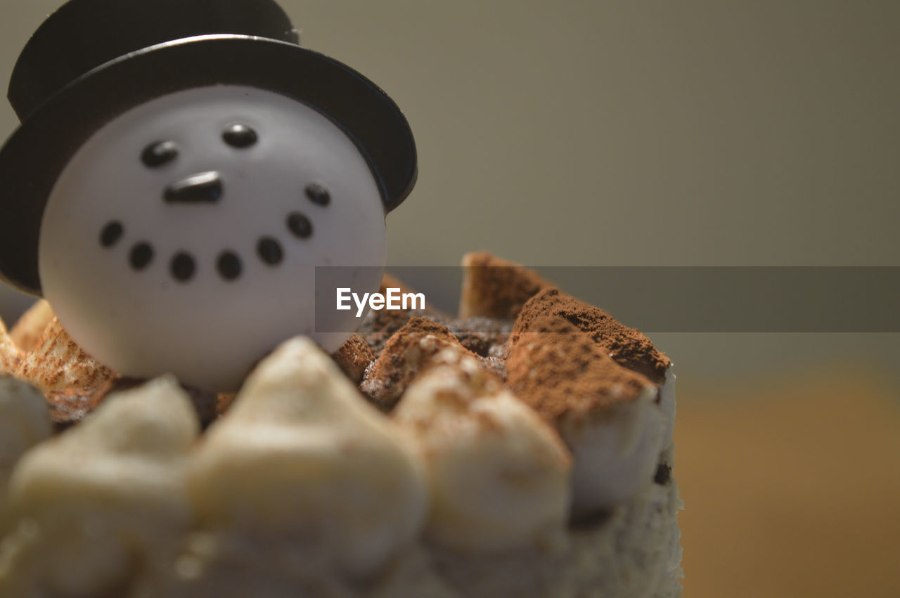 food and drink, food, selective focus, sweet food, indoors, no people, close-up, freshness, ready-to-eat, day