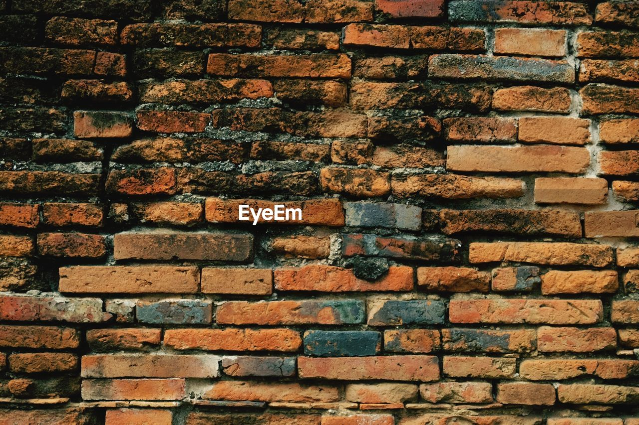 brick wall, brick, backgrounds, wall, full frame, built structure, wall - building feature, architecture, textured, pattern, no people, day, outdoors, close-up, old, construction material, brown, solid, building exterior, abundance