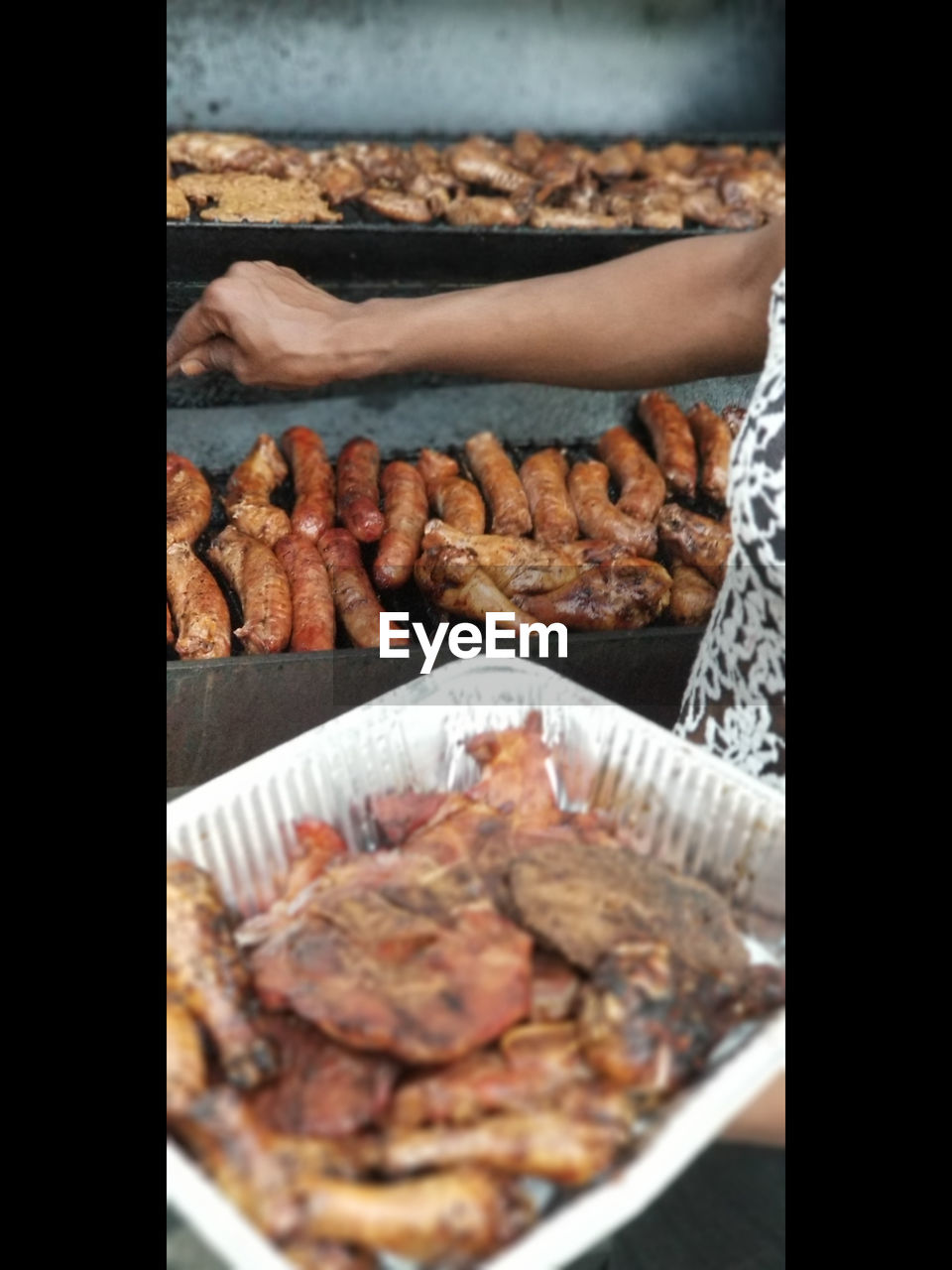 food and drink, food, freshness, meat, transfer print, close-up, auto post production filter, indoors, day, two people, people, preparation, barbecue, adult, choice, grilled, bread, selective focus, human hand, preparing food, snack, tray