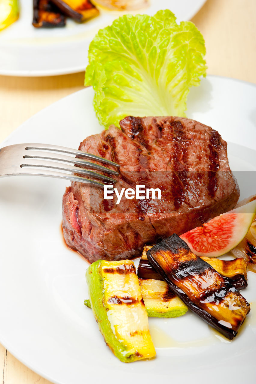 plate, food, food and drink, meat, freshness, ready-to-eat, serving size, no people, fork, indoors, grilled, barbecue, close-up, high angle view, table, indulgence, roasted, rib, day