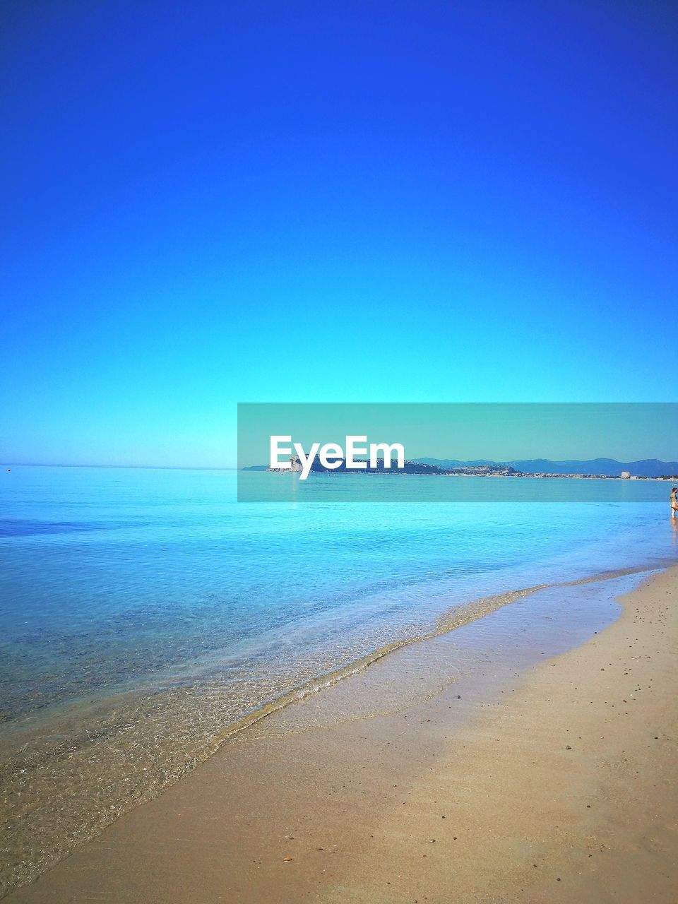 water, sea, beach, sky, scenics - nature, land, beauty in nature, tranquility, tranquil scene, blue, horizon over water, horizon, clear sky, sand, nature, copy space, idyllic, no people, day, outdoors