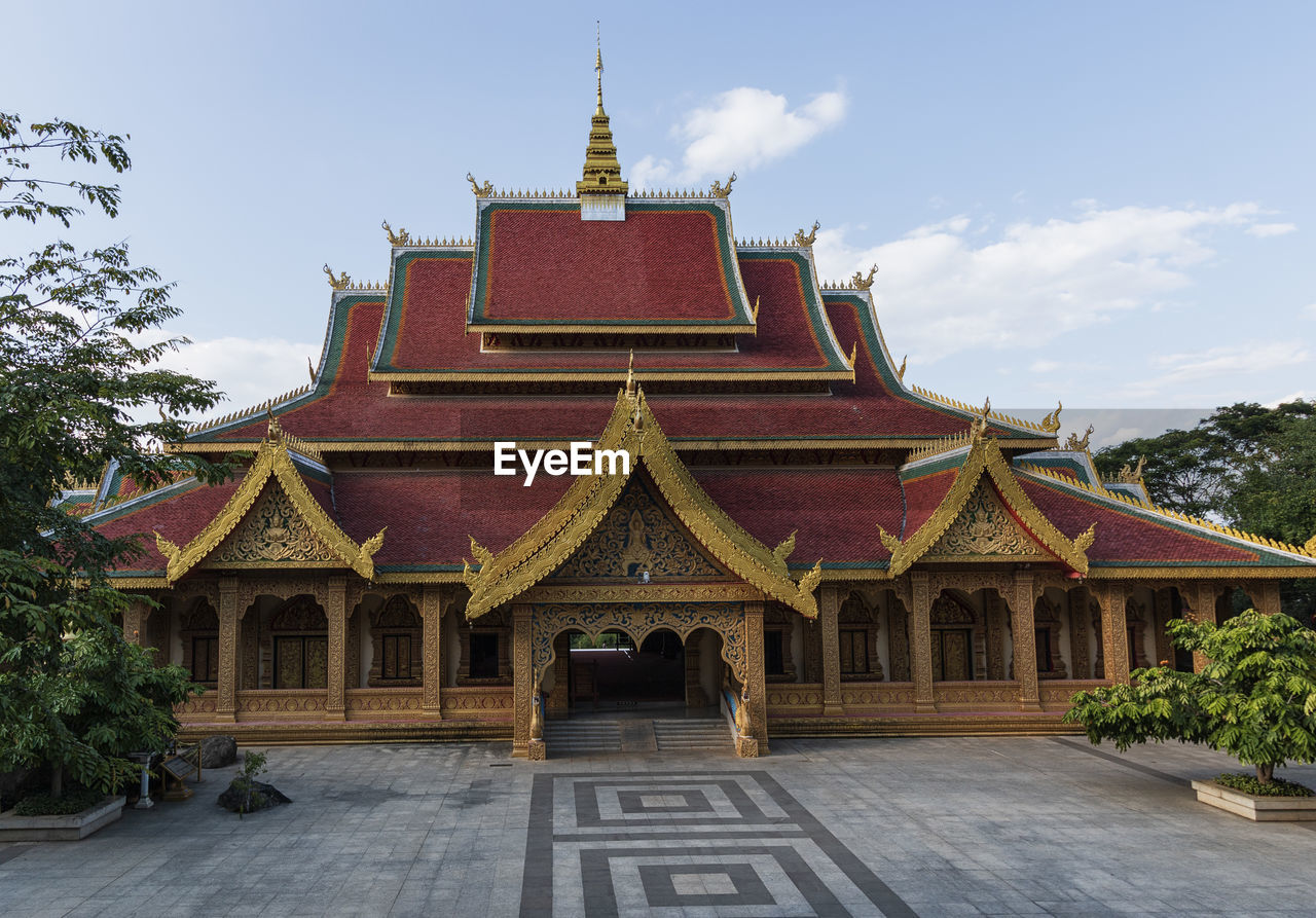 VIEW OF TEMPLE BUILDING