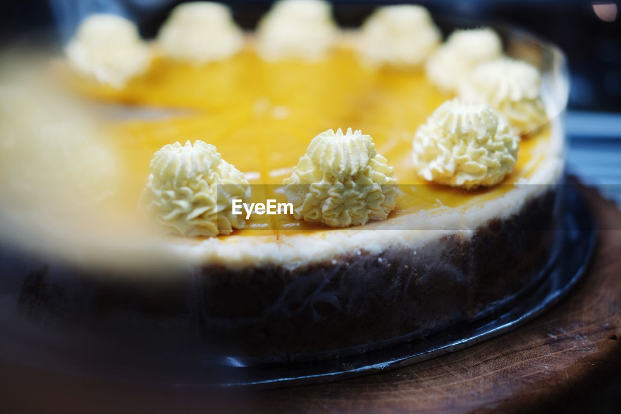food and drink, food, freshness, sweet food, ready-to-eat, sweet, dessert, indulgence, temptation, still life, close-up, selective focus, indoors, cake, baked, plate, serving size, unhealthy eating, no people, fruit, tart - dessert, snack, french food