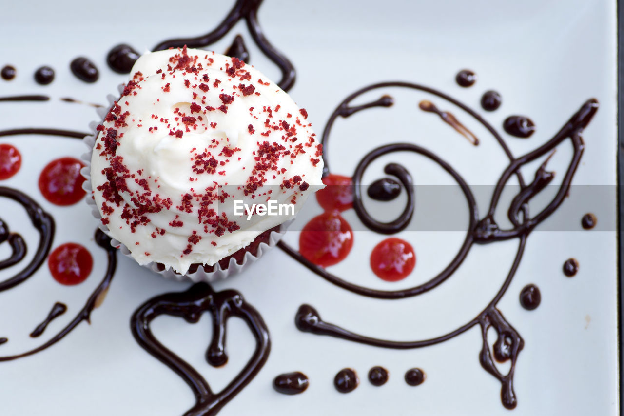sweet food, sweet, still life, dessert, food, indoors, temptation, close-up, no people, food and drink, indulgence, ready-to-eat, unhealthy eating, high angle view, plate, table, freshness, directly above, red, cake