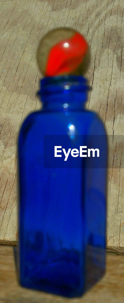 bottle, blue, table, indoors, healthy lifestyle, close-up, day, no people, cleaning equipment