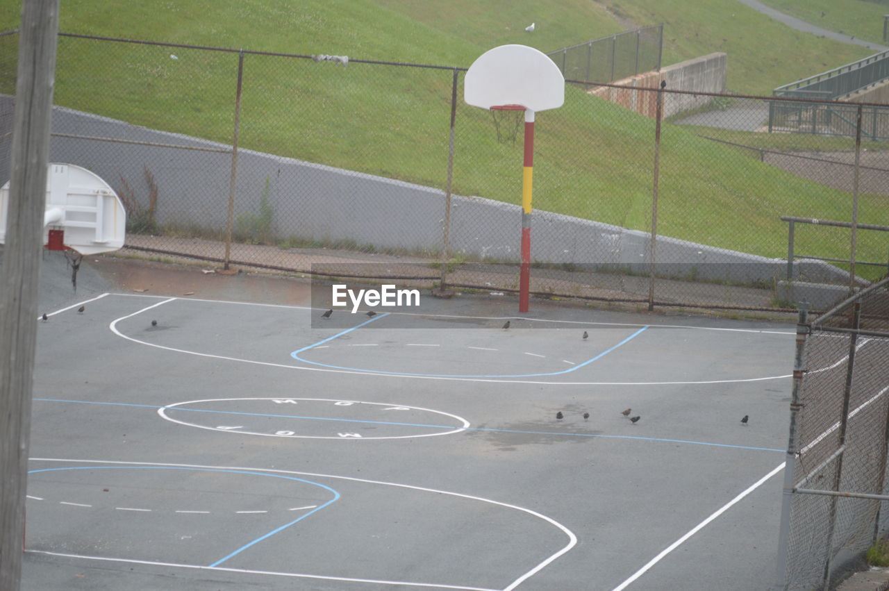 court, sport, absence, basketball - sport, day, tennis, leisure games, no people, playing field, basketball hoop, soccer field, outdoors