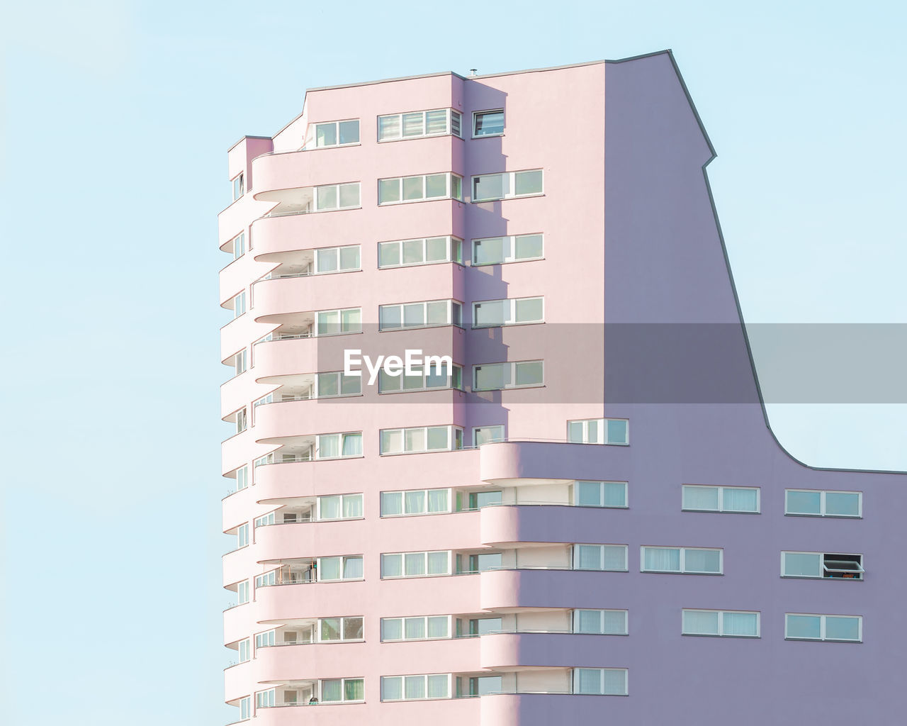 built structure, building exterior, architecture, building, sky, low angle view, city, clear sky, no people, tall - high, nature, residential district, modern, window, day, tower, outdoors, office building exterior, apartment, skyscraper