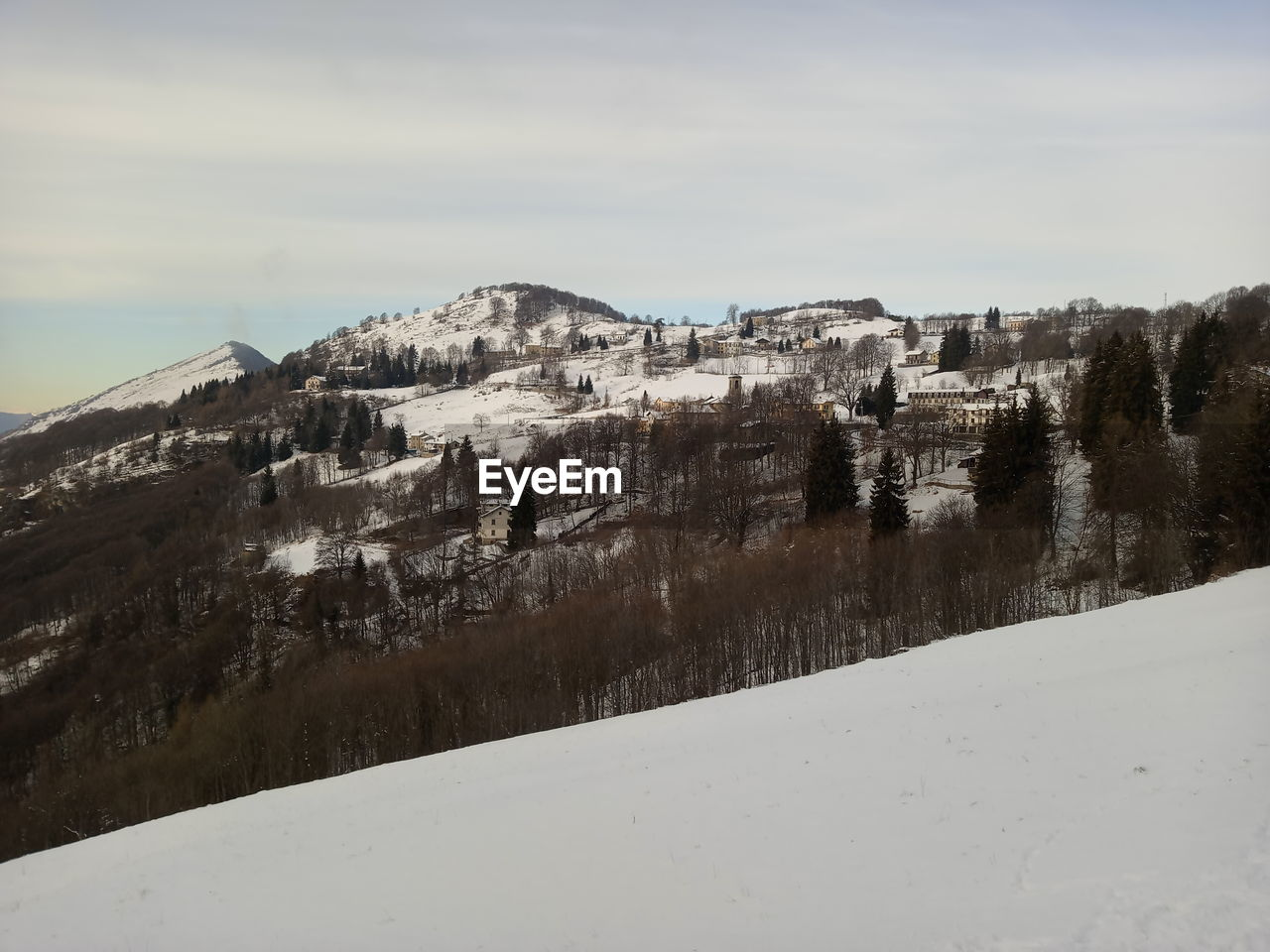 Pictures from Valcava, after some snowing. Valcava Linzone Mountain Italy Italy Italian Countryside Roncola Alpes Snow Snowcapped Mountain Italian Mountains Valle Imagna Imagna Valley Valle San Martino Lecco