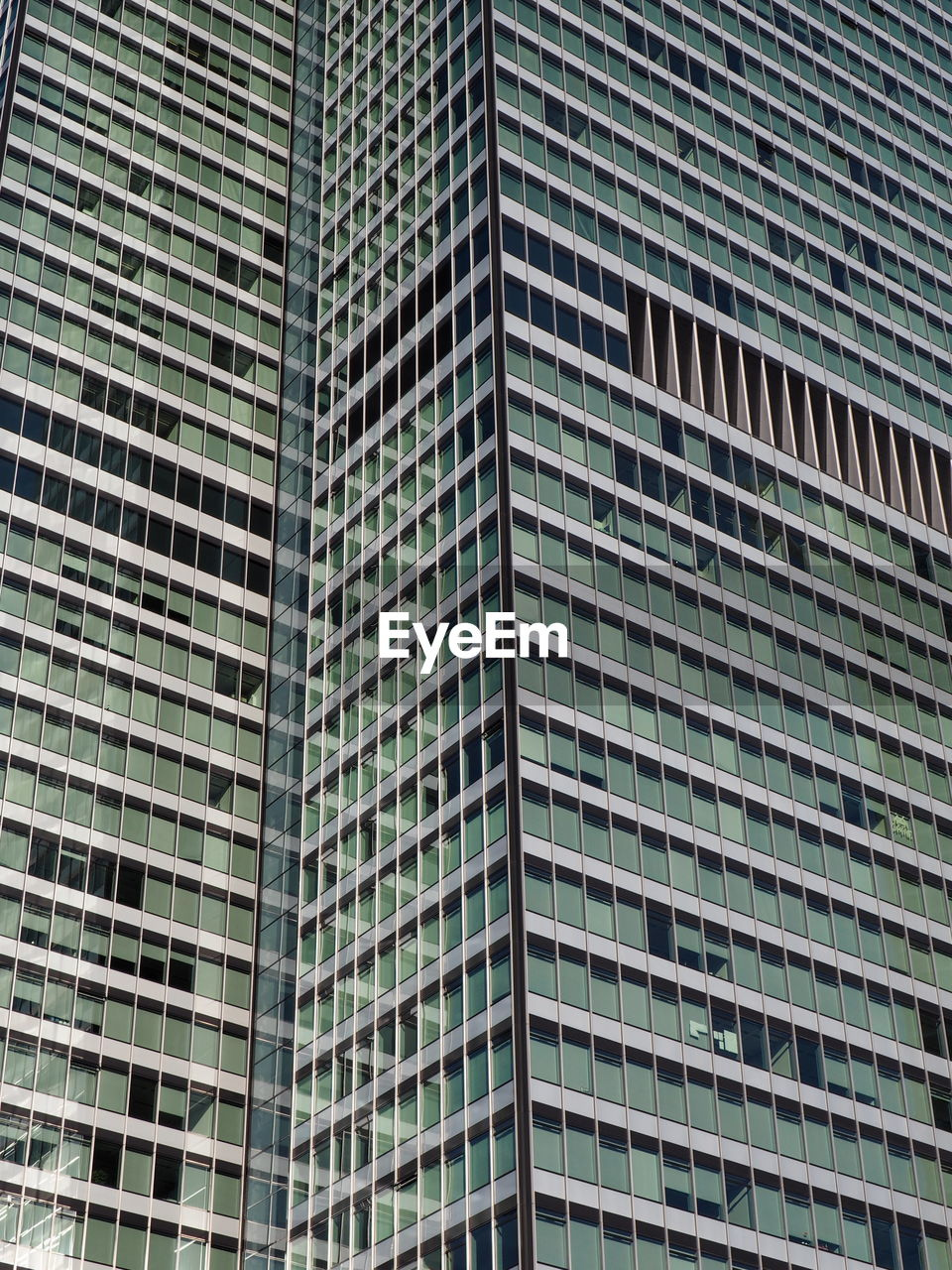 architecture, modern, skyscraper, full frame, low angle view, building exterior, built structure, window, day, corporate business, backgrounds, outdoors, no people, city