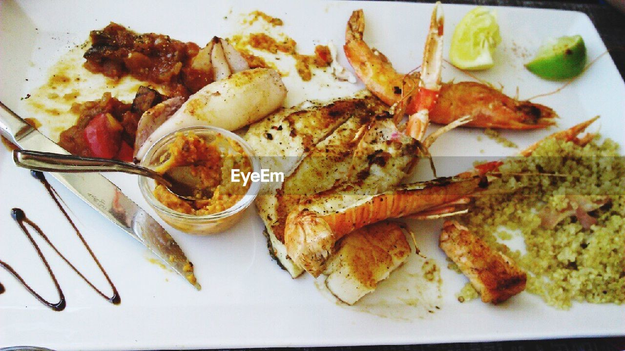 food, food and drink, seafood, plate, ready-to-eat, freshness, indoors, close-up, wellbeing, healthy eating, crustacean, animal, eating utensil, high angle view, table, no people, still life, kitchen utensil, serving size, fork, dinner