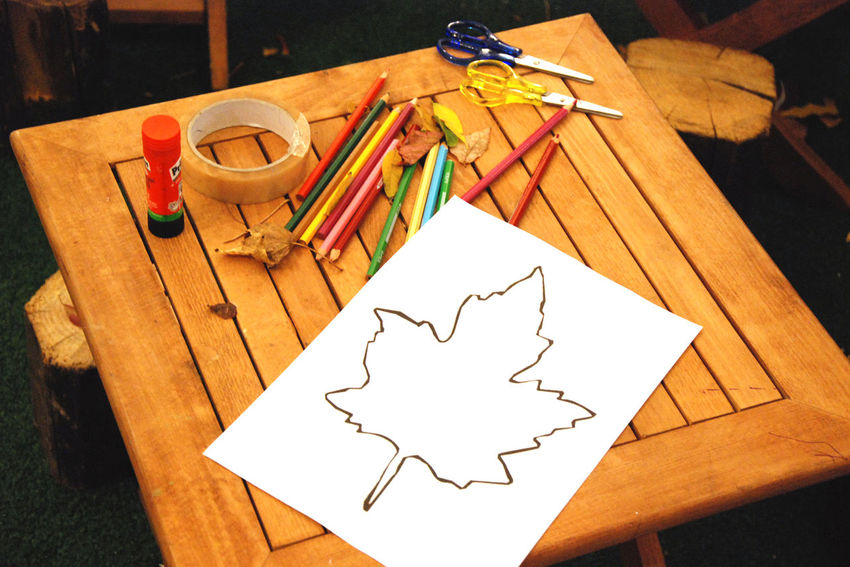 kids draw Art ArtWork Children Drawing Close-up Colours Of Nature Craft Creativity Decoration EyeEm Best Edits EyeEm Best Shots EyeEm Gallery Eyeem Photography Focus On Foreground Multi Colored No People Paper Still Life Table Wood - Material Wooden