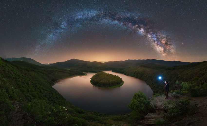 Picture taken in Melero Meander, in the frontier ox Extremadura and castilla León in Spain Panorama taken with sony a7rIII + 16-35 GM Meander Water, SPAIN Panorama Sony Night Nightscape Landscape Milky Way Light Architecture River Nature Field Stars