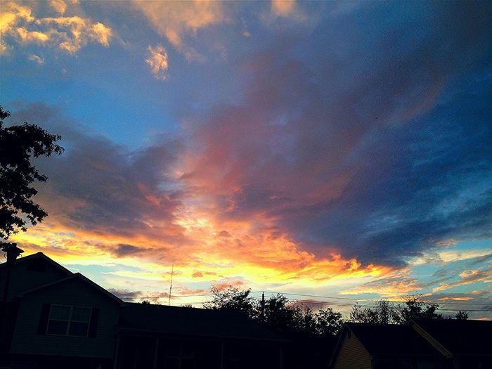 Sunset Cloudy Skies Tadaa Community Glowing
