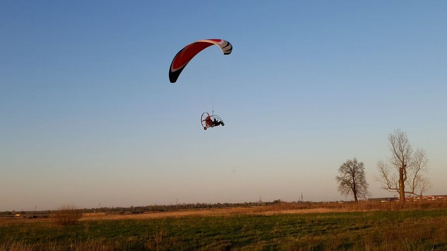 Paragliding Stunt Person Sportsman Extreme Sports Flying Piloting Full Length Sport Athlete Aerobatics