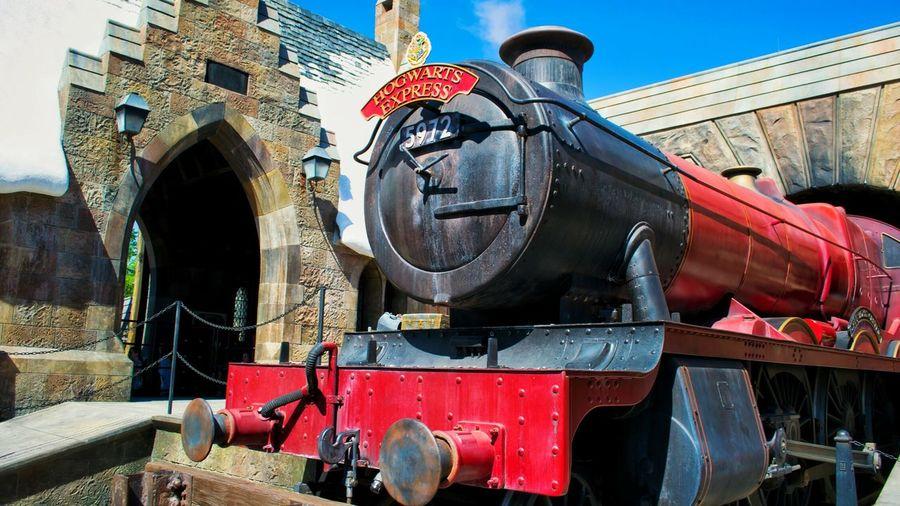 Travel Destinations Outdoors Wizarding World Of Harry Potter Wizard Tourism Orlando Florida Hogwarts Express Hogwarts Miracle USAtrip Fantasy Travel Photography Blue Sky Train