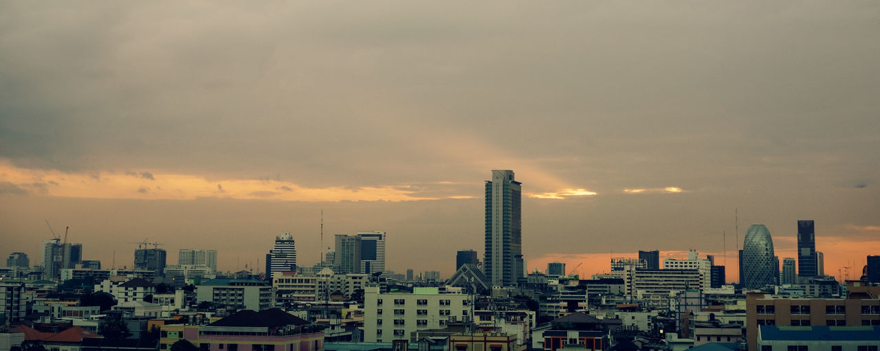 Bangkok thailand cityscape panorama Building Exterior Architecture Built Structure City Sky Building Cloud - Sky Cityscape No People Tall - High Sunset Nature Office Building Exterior Skyscraper Urban Skyline Residential District Tower Outdoors Modern Financial District  Construction Equipment