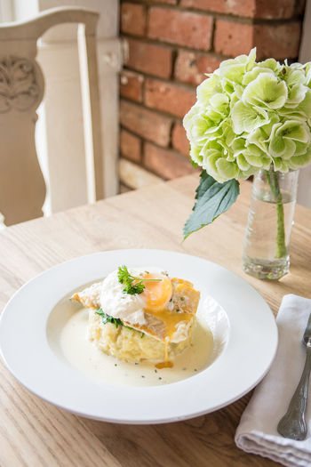 Meal Potato Romantic Egg Fish Flower Food Food And Drink Foodphotography Freshness Garnish Gourmet Healthy Eating Indoors  No People Organic Plate Ready-to-eat Restaurant Still Life Table Tabletop Vase Wellbeing Yummy