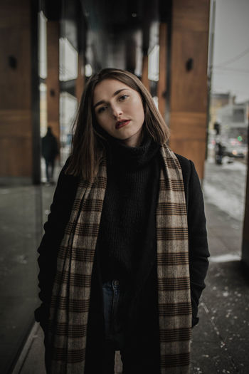 Street Style from Around The World Fashion Fashion Model Portrait Close Up Freckles EyeEm Best Shots Beautiful Urban Modern City Winter Snow Close-up Getty Images Blue Eyes Lifestyles Lifestyle