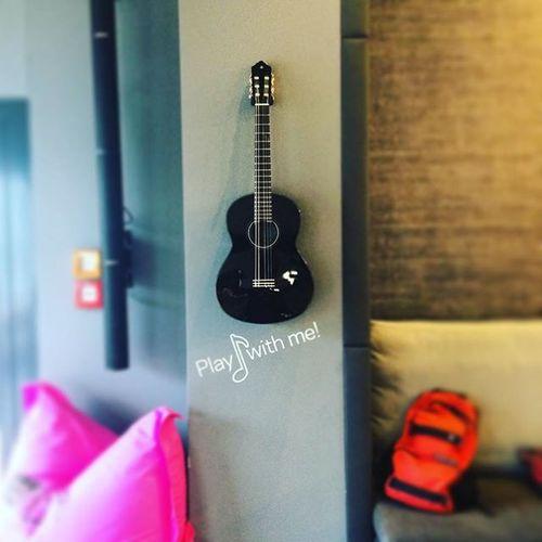 crazy hier Passtgrad Machen mehr aufm snapchat 😉 Alofthotel Stuwhat Guitar Stuttgart