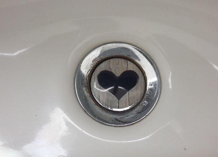 Bad Waschbecken Sink Heart Bekpek Hostel Kiel