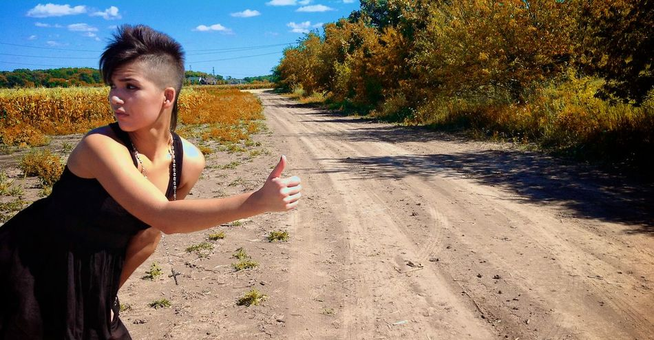 60506 Hitchhiking Hitchhiker Hitching Dusty Dirt Road Farm Black Dress Mohawk Summer Rural Modeling Afternoon Sunlight Natural Light
