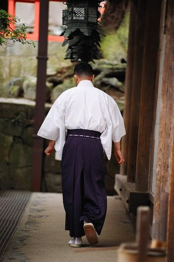 Alone Buddhism Japan Japanese Culture Japanese Temple Nara Nara-shi Religion Temple Traditions Travel Traveling Traditional Costume Japanese Tales From Kriszta Nikon Photography In Motion Up Close Street Photography Ultimate Japan