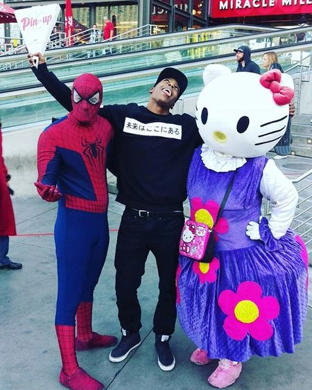 Me spiderman and hello kitty about to turn up ;) AmeriKKKa TDE Blackpowermovement HipHop Blackamerica Revolutionaryminds Rap Blackpanthers Revolutionary Marcusgarvey Blackpower Conscious Writer Kendricklamar Kdot Music Kendrick Blackconsciousness Emcee Dj Dance Lestwins Beatslaya BEATS StudioSession radio writingsession