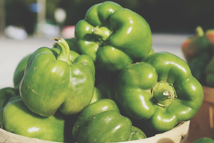 Green peppers - fresh at the local farmers market Farmers Feed Cities Food And Drink Healthy Eating Food Freshness Wellbeing Green Color Vegetable Close-up Fruit Raw Food Focus On Foreground Still Life No People Pepper Large Group Of Objects Retail  For Sale