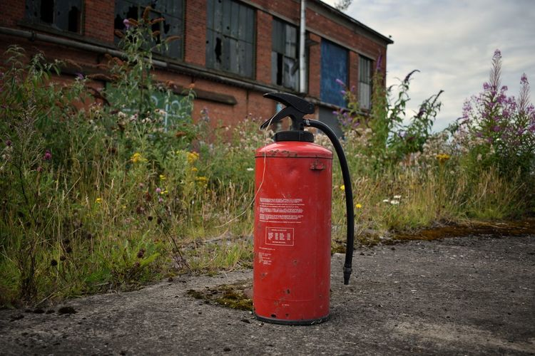 Building Exterior Red Architecture Outdoors Safety No People Built Structure Day Accidents And Disasters Plant Grass Sky Abandoned Places Abandoned Abandoned & Derelict Abandonedplaces Abandoned Factory Belfast Docks Harland&Wolff Belfast City Architecture The Week On EyeEm