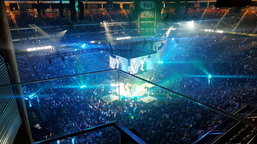 Illuminated Lights Crowd Convention People Crowded Mass Of People Video Stage Stage Light Spot Light  Center Stage Lights And People