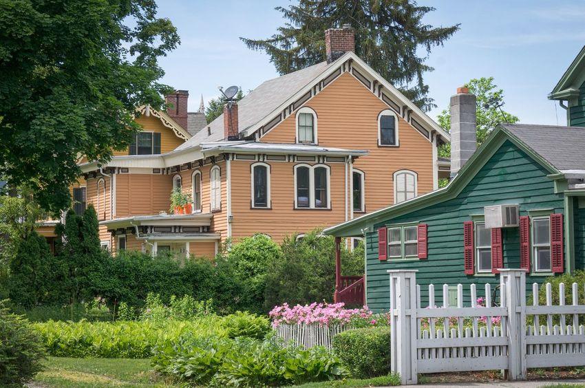 Victorian Houses Flowers,Plants & Garden