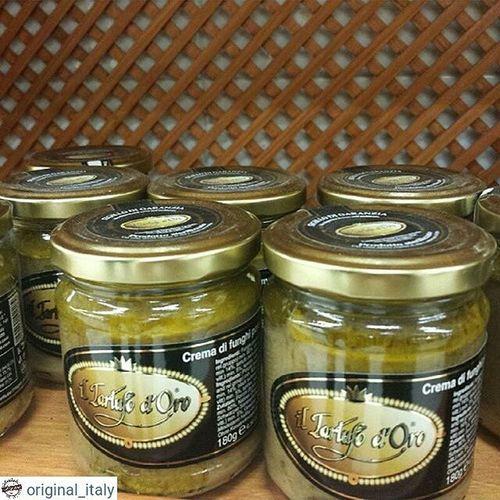 ☆☆☆☆☆ @original_italy ☆☆☆☆☆ Соус из белых трюфелей. 180 гр. 14€. Производство Италия! Италия шоппинг оригинал Original_italу базиликориганоспеции кофевиноitalyкупитьмосквапитерсырсырыитальянскиесырысырнаятарелкапиццапастаПрошуттосалямиОливковоемаслоЛимончелло