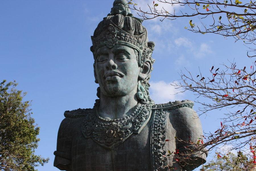 Garuda Wisnu Kencana statue, Bali, Indonesia with a blue sky Garuda Wisnu Kencana Statue Bali INDONESIA Blue Sky Culture Park Canon Photography EyeEm Best Shots EyeEm Gallery EyeEm Indonesia