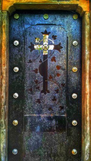 Graveyard Door