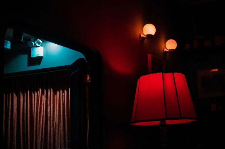 Electric Lamp Lighting Equipment Illuminated Night Electric Lamp Red Indoors  No People Light Absence Electric Light Seat Nightlife Electricity  Dark Nightclub Lamp Shade  Light - Natural Phenomenon Domestic Room Pendant Light Glowing Stage EyeEm Best Shots EyeEm Selects