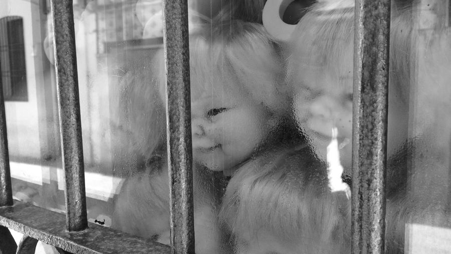 Abstract Black And White Blurred Motion Depth Of Field Dirty Fear Look At Me Panic Selective Focus SUBREALISMO Toy Heads Toysphotography Telling Stories Differently Pivotal Ideas Watchers Monochrome Photography Beautifully Organized