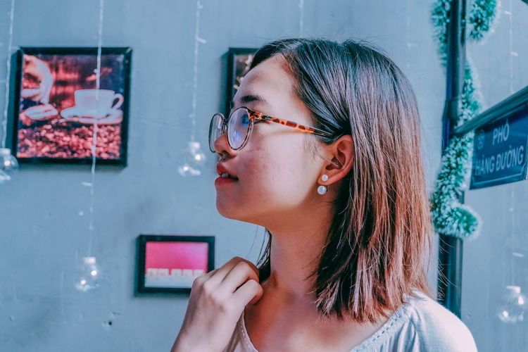 Vietnam Adult Beautiful Woman Blue Girls Hair Nice Photography The Street Photographer - 2018 EyeEm Awards